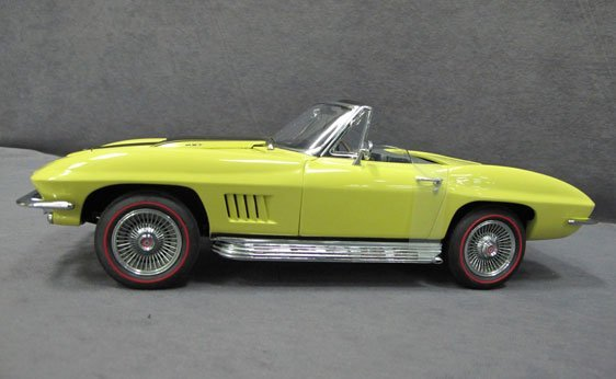 350N: 1/12 Scale 1967 Chevrolet Corvette Sting-Ray 427