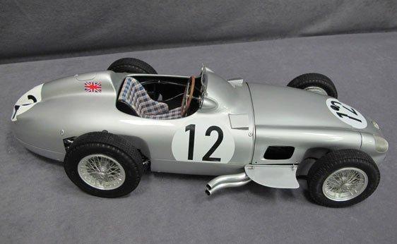 354N: 1/8 Scale 1954 Mercedes-Benz W196 F1 Race Car