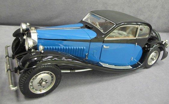 359N: 1/8 Scale by Sinistro 1933 Bugatti 50T