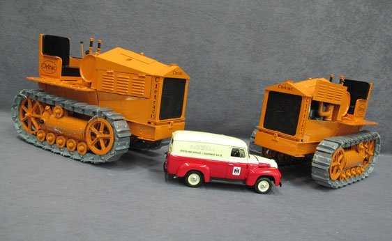 511N: One (1) 1/24 Scale International and Two (2) 1/24