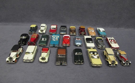 513N: Twenty-Five (25) 1/43 Scale Assorted Mini Marque