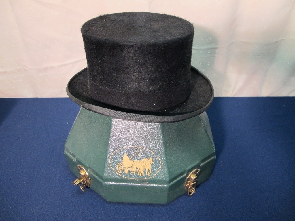 147: Top Hat ; Christie's of London, England size 7 1/8