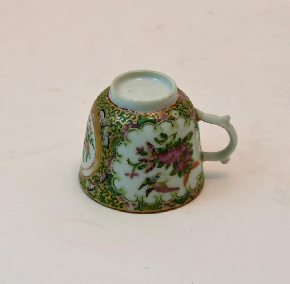 Chinese Rose Medallion Tea Cup Circa 1860s - 4