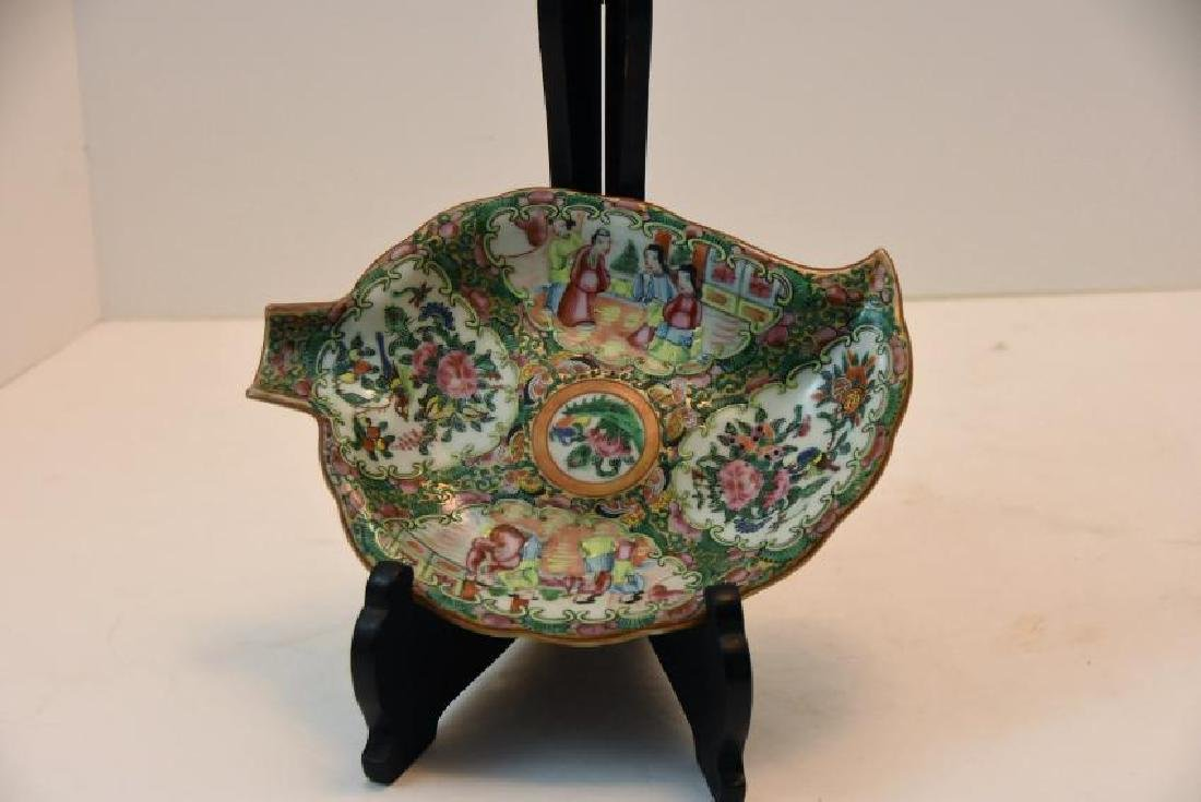 Chinese Rose Medallion Leaf Dish Circa 1860s