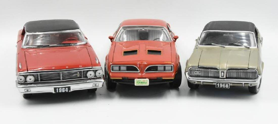 (3) Model Cars Pontiac, Ford and Cougar