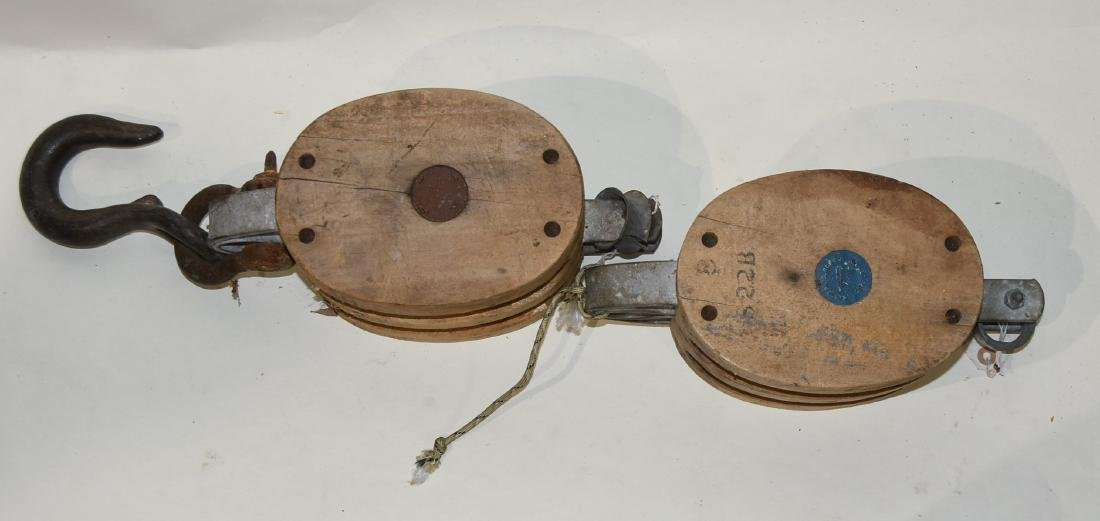2 Antique wood pulleys Nautical - 2