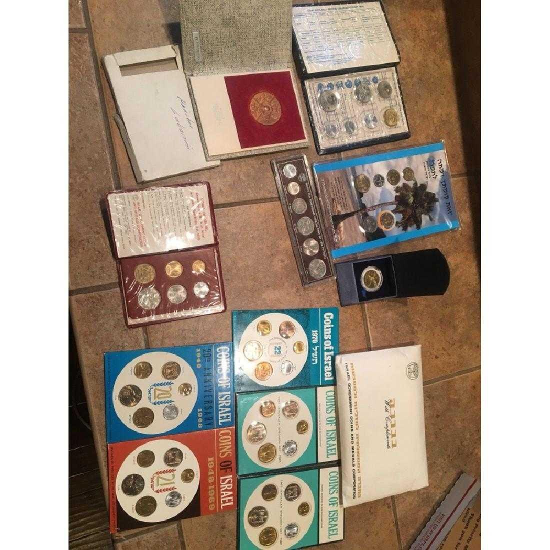 Israel Coin sets and rare pope Medal
