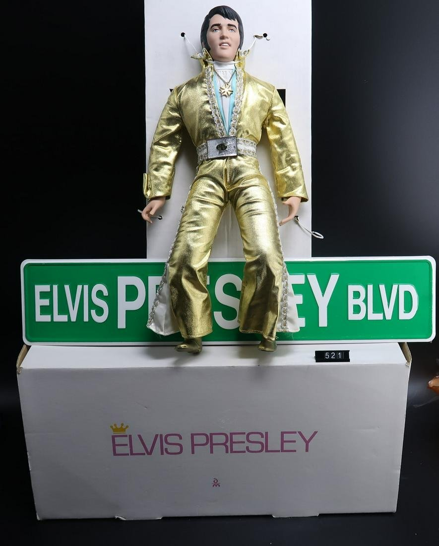 Elvis Presley  Gold & Platinum Outfit Doll and Street