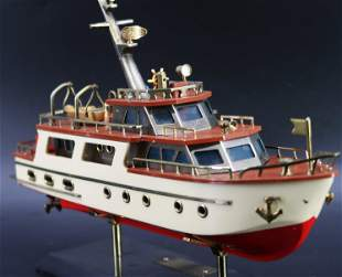 Wayco Ship model 611 Japan Hand painted
