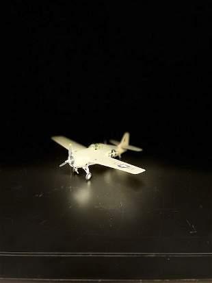 Miniature Display Airplanes w/ Plastic Box