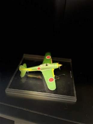 Miniature Display Airplanes w/ Plastic Box, Green