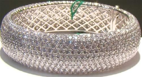104_1:  63ct. Diamond 7in. bangel bracelet