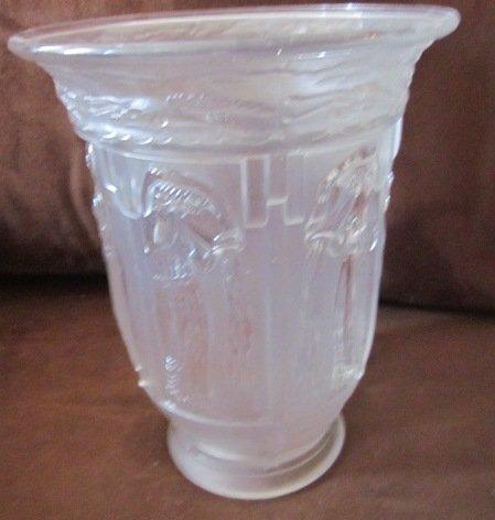 124: Vintage Greek or Egyptian Vase