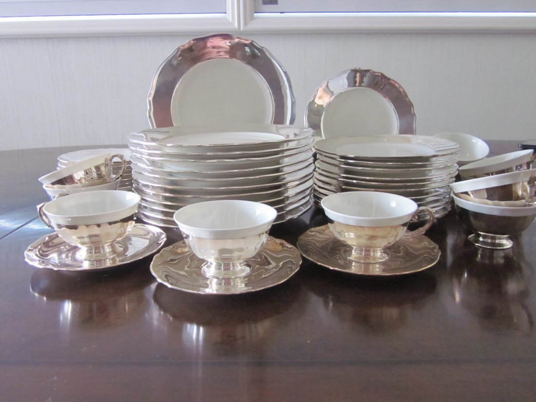 127: Krautheim Selb Baverian. K & A Silver & White Set
