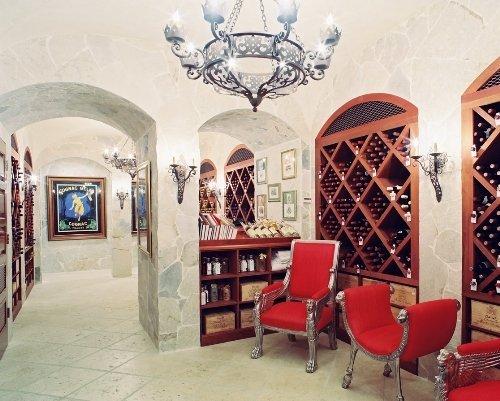 Château Lafite Rothschild Pauillac, France 1961 750 ml.