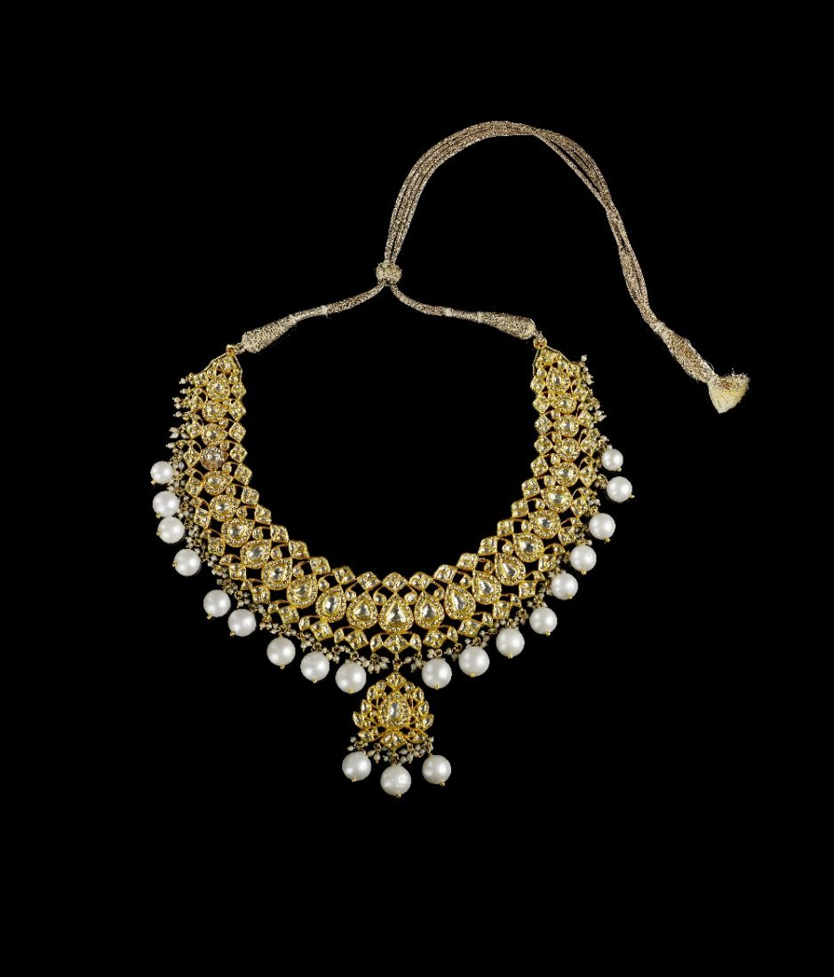 AN INDIAN DIAMOND, ENAMEL, CULTURED PEARL NECKLACE