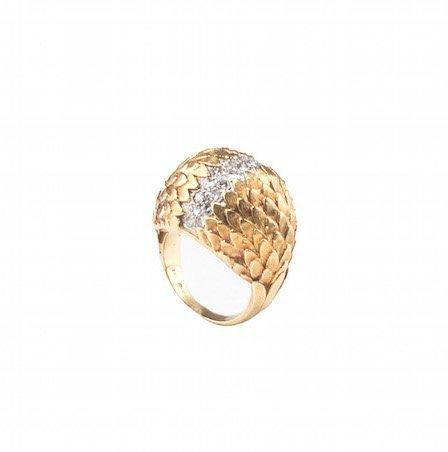 An 18 Karat Gold and Diamond Ring, Erwin Pearl