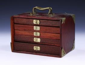A CHINESE ANTIQUE MA JIANG SET IN WOOD BOX