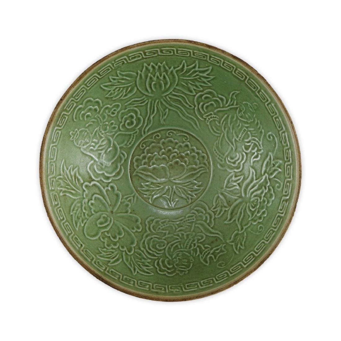 A CHINESE ANTIQUE DINGYAO INCISED PORCELAIN BOWL - 2