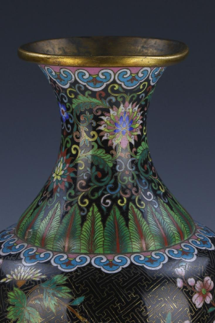 A CHINESE ANTIQUE CLOISONNE ON BRONZE VASE - 3