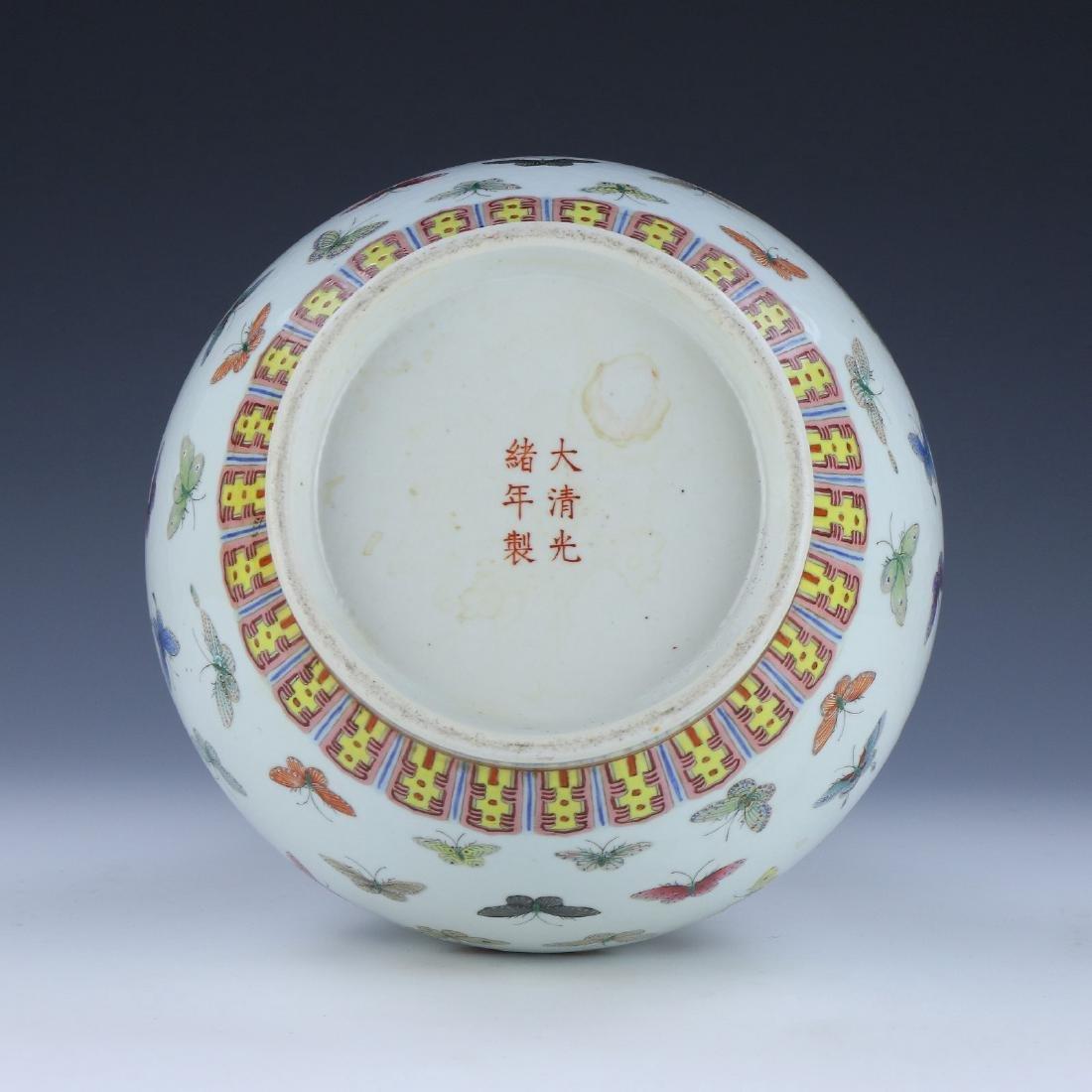 A BIG CHINESE ANTIQUE FAMILLE ROSE PORCELAIN VASE - 4