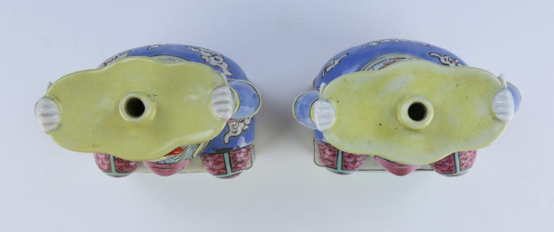 PAIR CHINESE ANTIQUE FAMILLE ROSE PORCELAIN CANDLE - 3