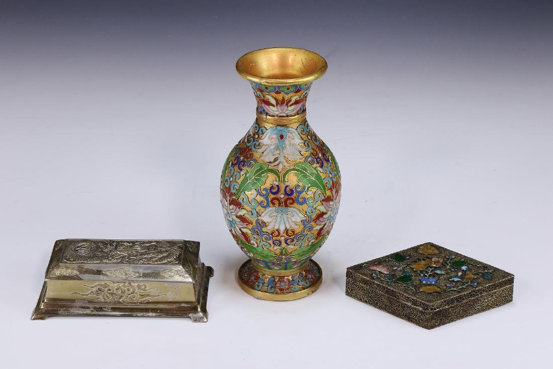 THREE (3) CHINESE MIXED CLOISONNE & METAL ITEMS