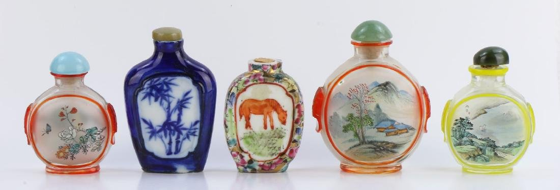 FIVE (5) MIXED SNUFF BOTTLES