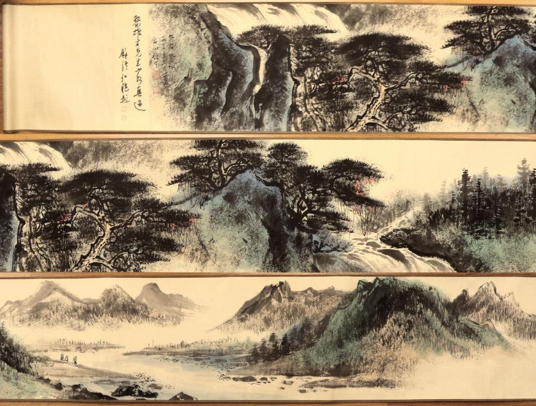 A MASSIVE CHINESE PAPER PAINTING HAND SCROLL BY LI,