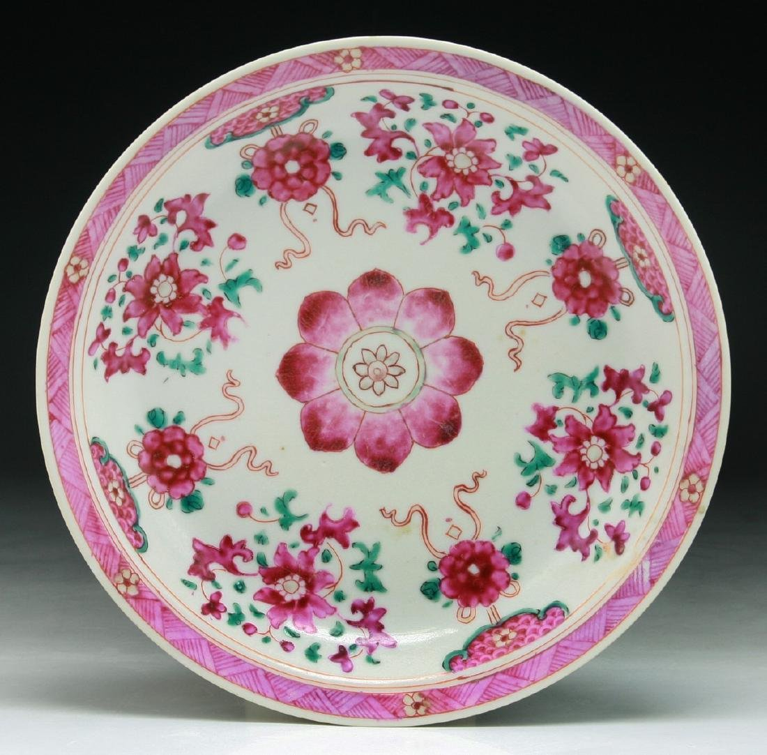 A Chinese Export Famille Verte Porcelain Plate