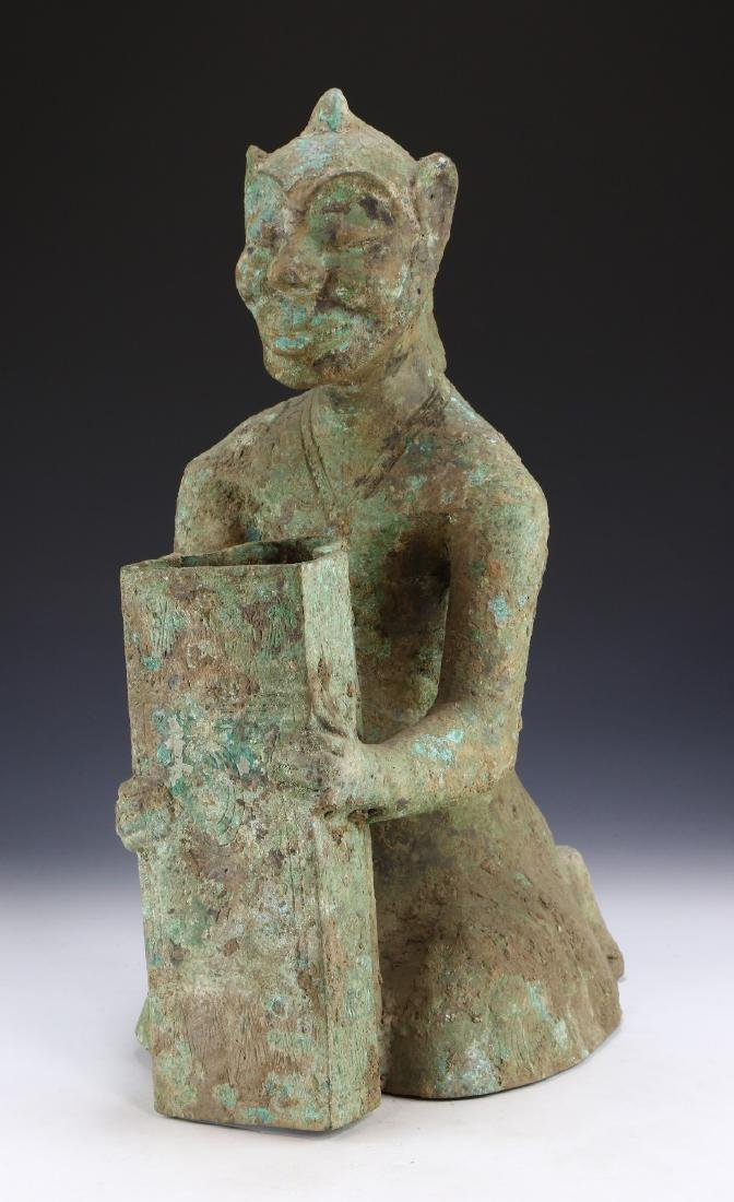 A BIG CHINESE ARCHAIC BRONZE FIGURE