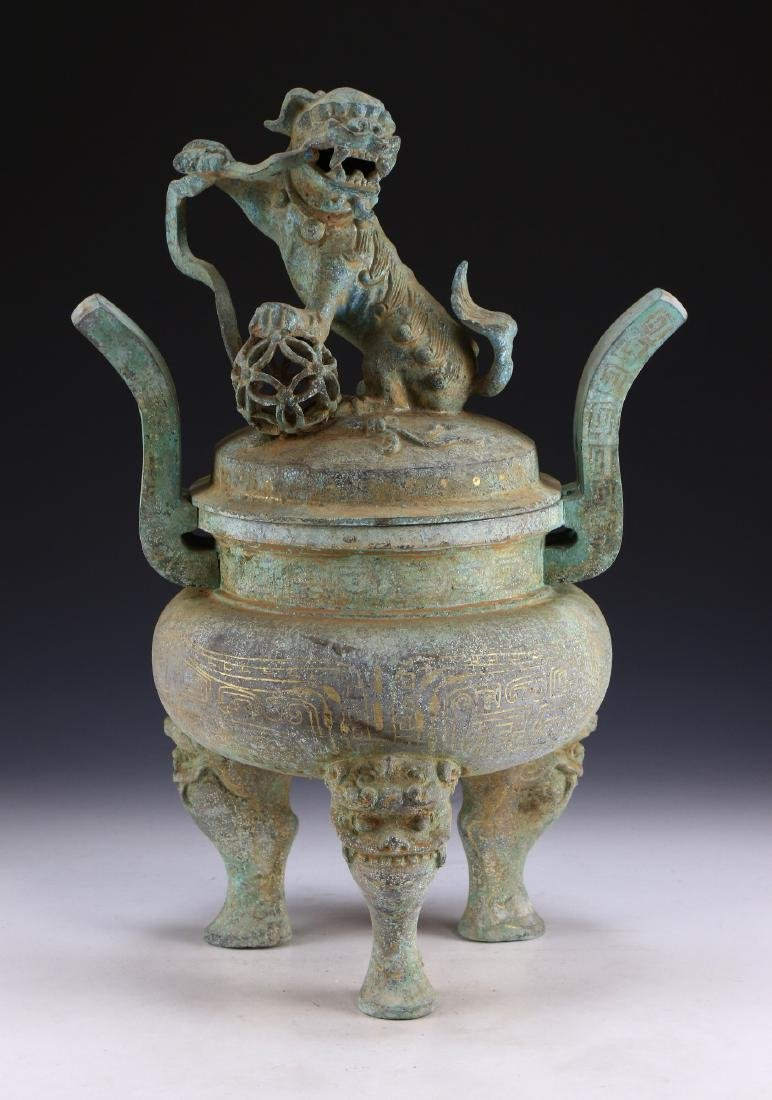 A BIG CHINESE ARCHAIC BRONZE LIDDED TRIPOD CENSER