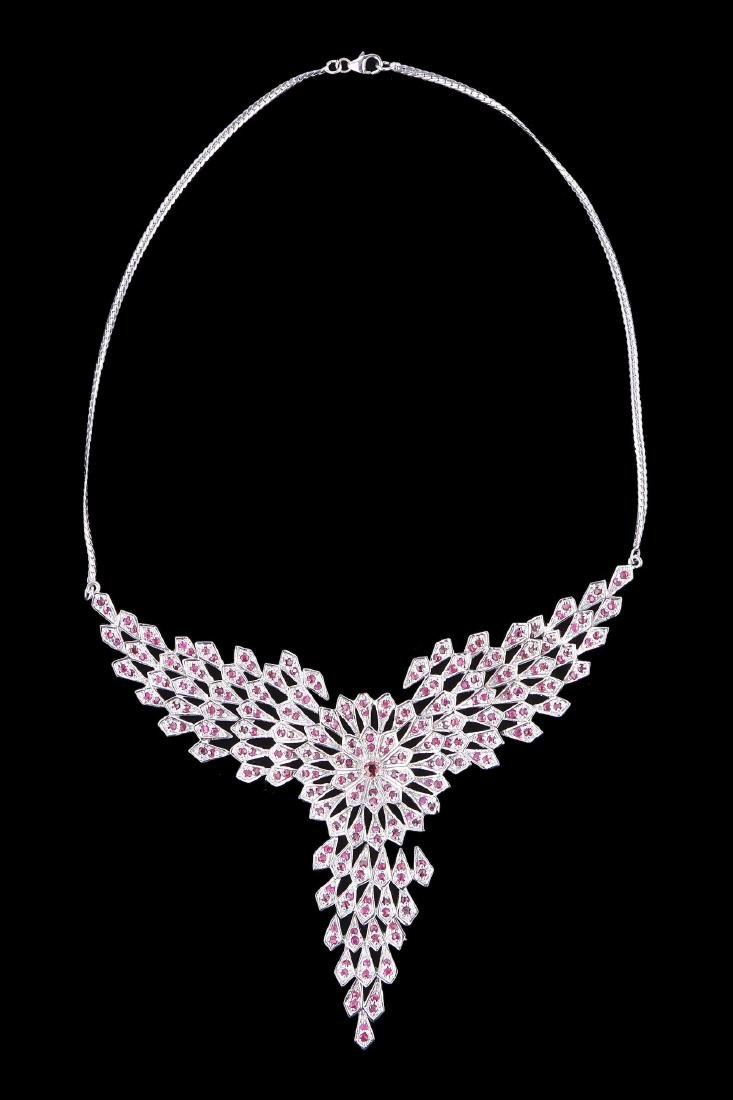 A FINE RUBY NECKLACE, 14K WHITE GOLD STERLING SILVER