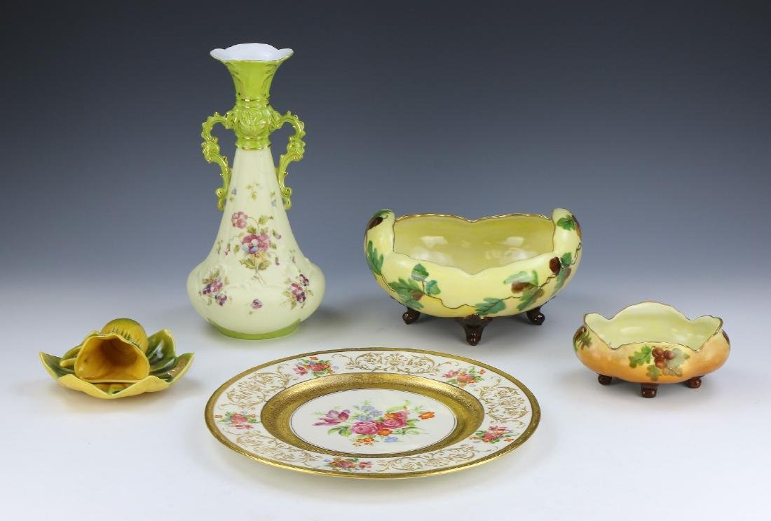 FIVE (5) EUROPEAN PORCELAIN ITEMS