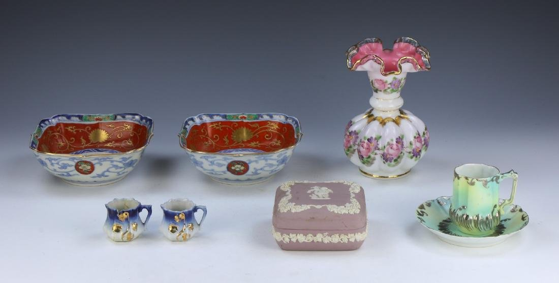 SEVEN (7) CHINESE MIXED GLASS & PORCELAIN ITEMS