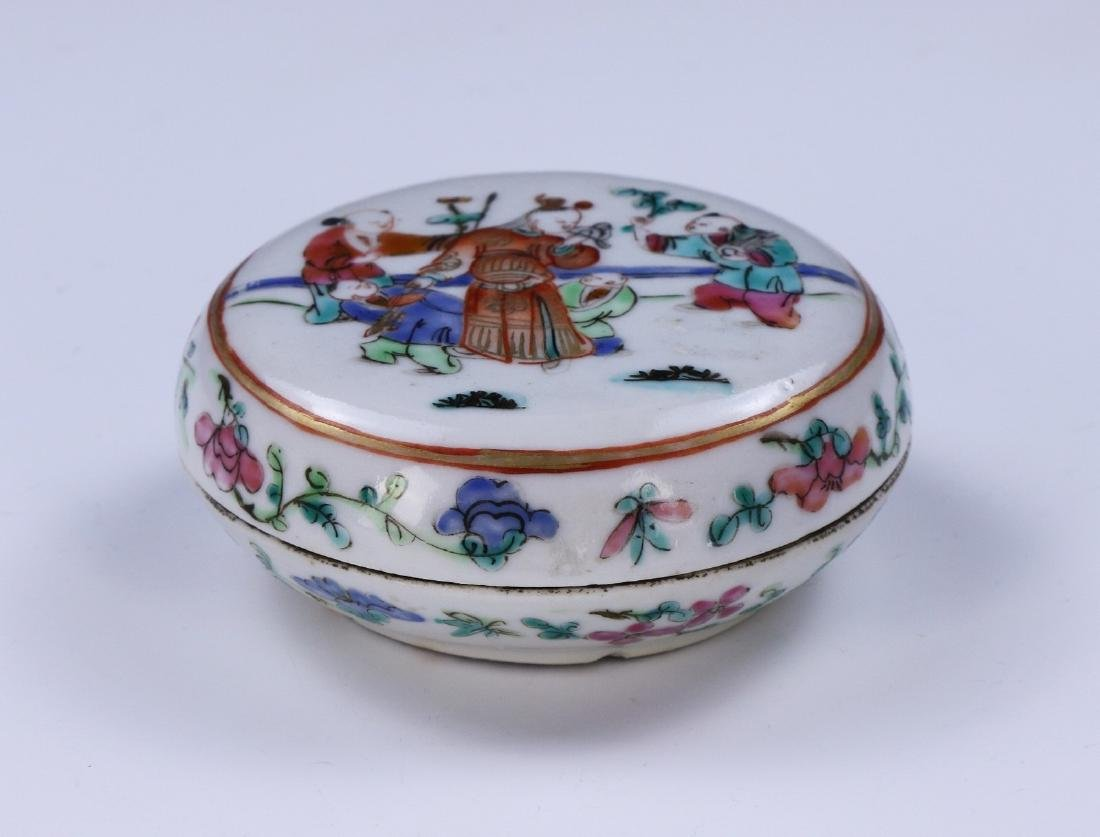 A CHINESE FAMILLE ROSE PORCELAIN INK CASE