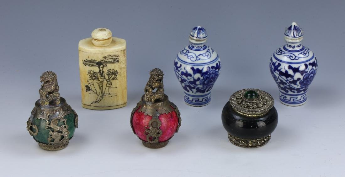 GROUP OF SIX (6) CHINESE SNUFF BOTTLES