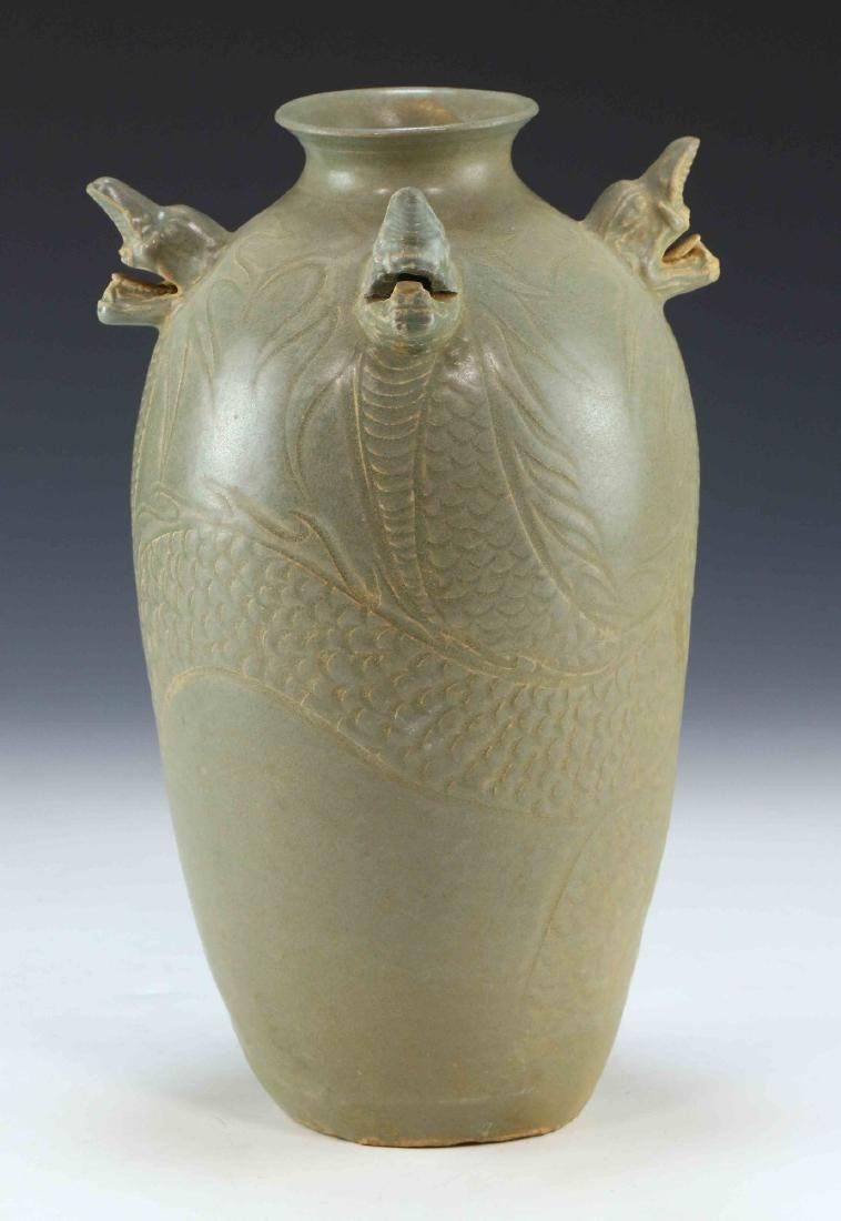 A KOREAN CELADON GLAZED PORCELAIN VASE - 2