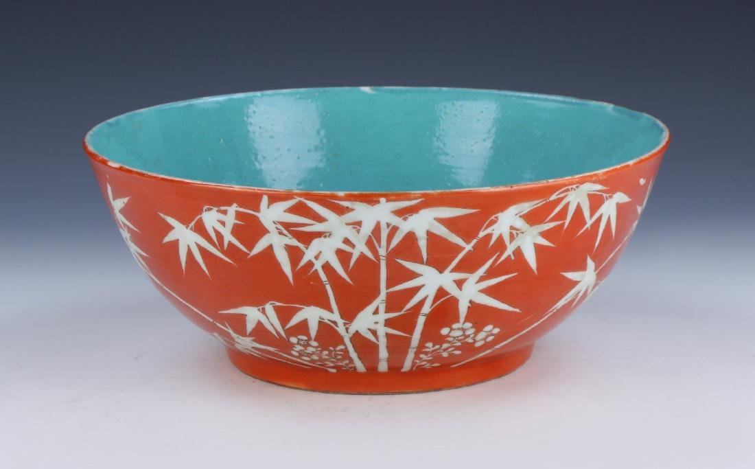 A BIG CHINESE FAMILLE ROSE PORCELAIN BOWL