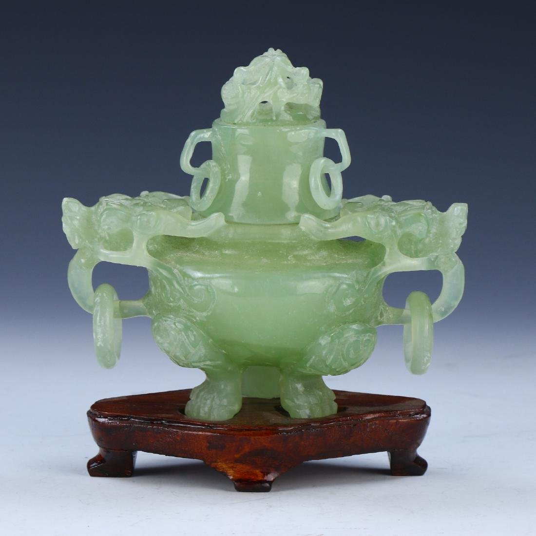 A CHINESE LIDDED SERPENTINE JADE TRIPOD CENSER - 2