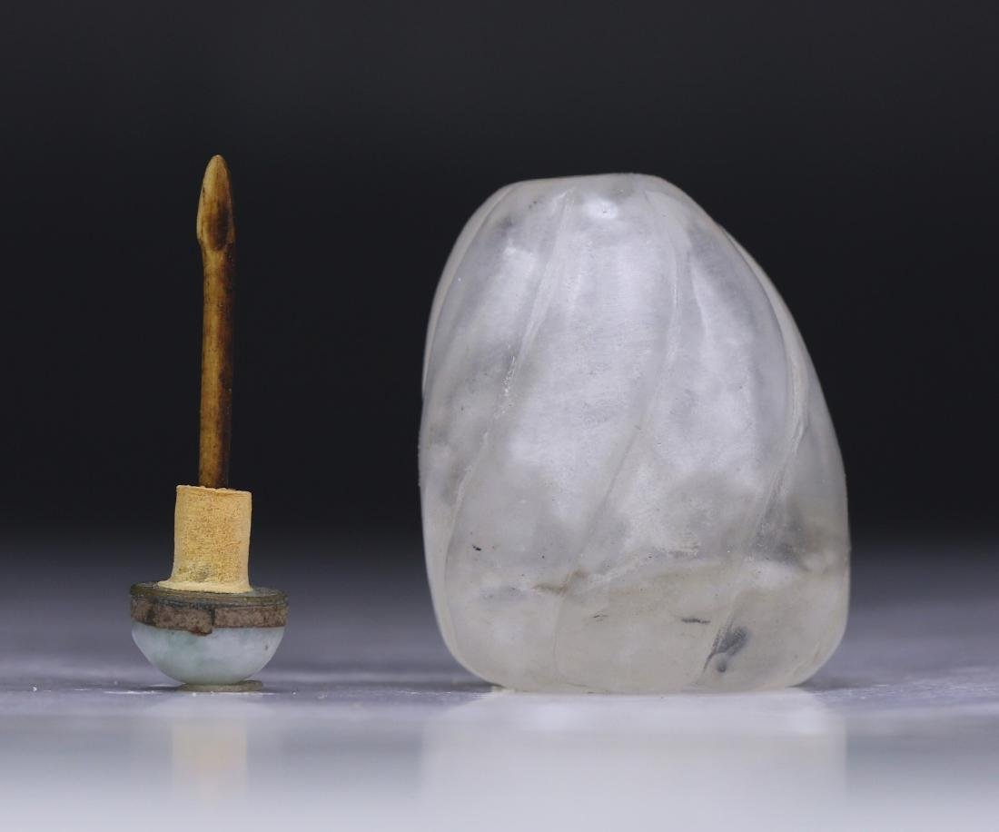 A CHINESE CRYSTAL SNUFF BOTTLE - 4