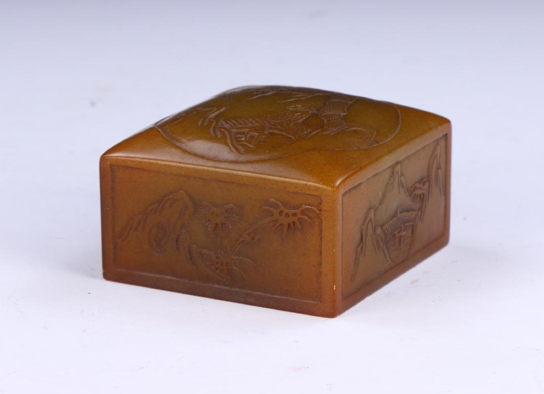 A CHINESE SOAPSTONE CARVED SEAL