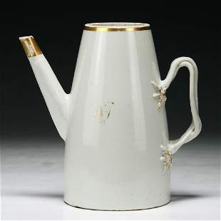 A Chinese Export Porcelain Teapot