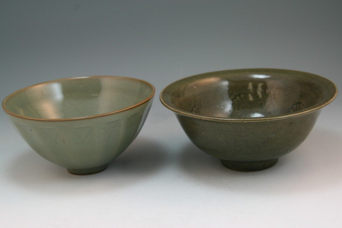 20: Two Chinese Song Celadon Glazed Footed Bowls