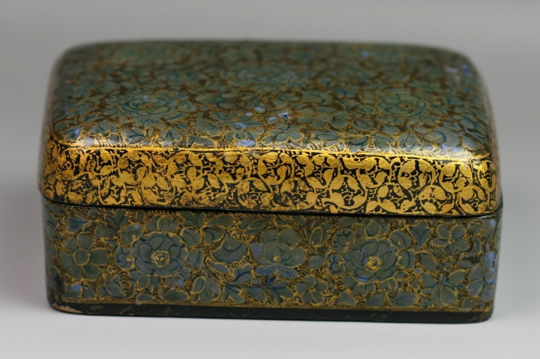 3: Chinese Qing Gilt Lacquered Trinket Box