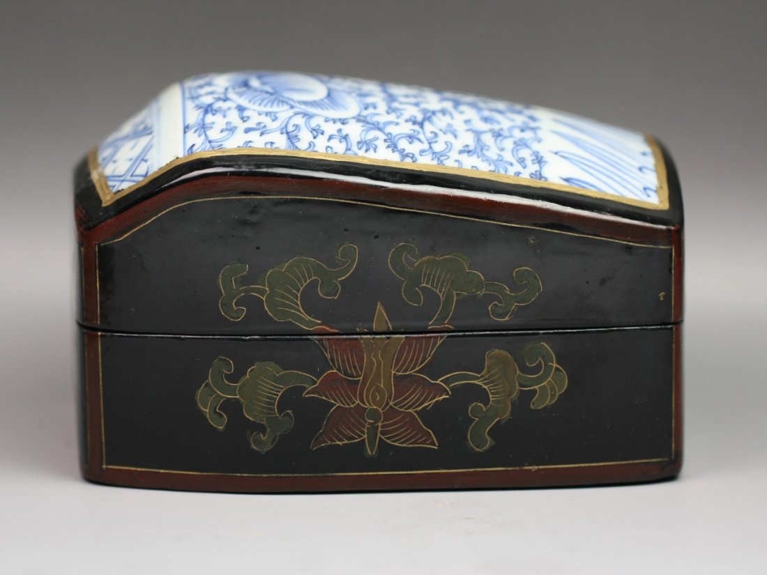 302: Antique Chinese Porcelain & Lacquer Trinket Box