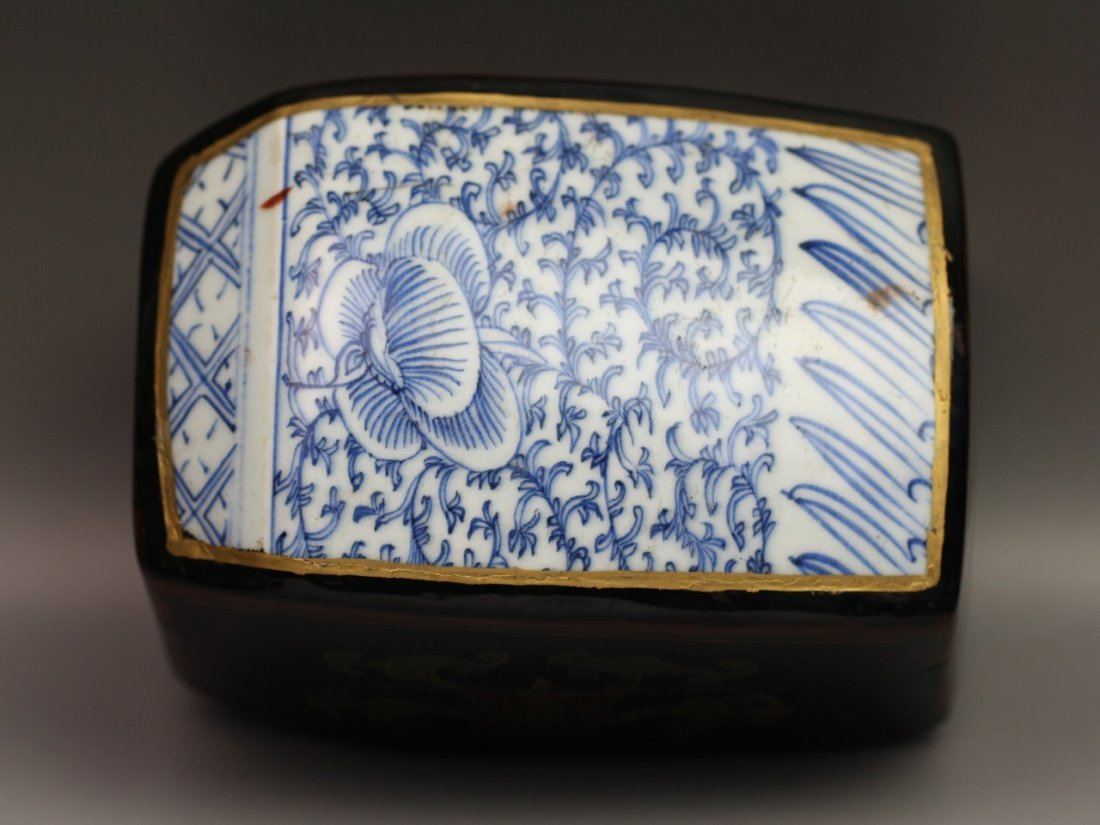 302: Antique Chinese Porcelain & Lacquer Trinket Box - 2
