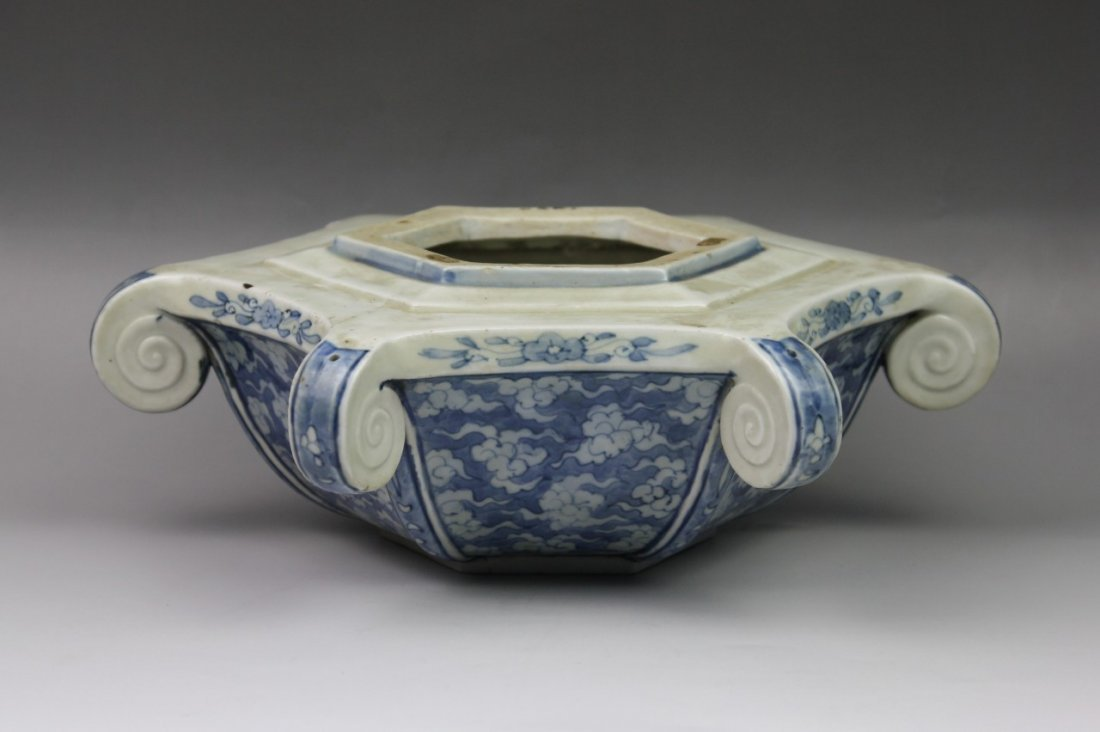 10: A Rare Chinese Hexagonal Porcelain Temple Vase
