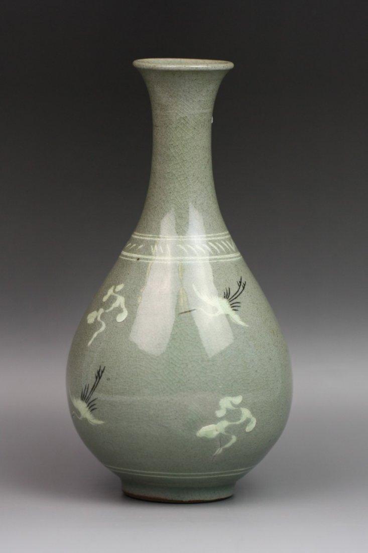 9: A Vintage Korean Celadon Glazed Porcelain Vase