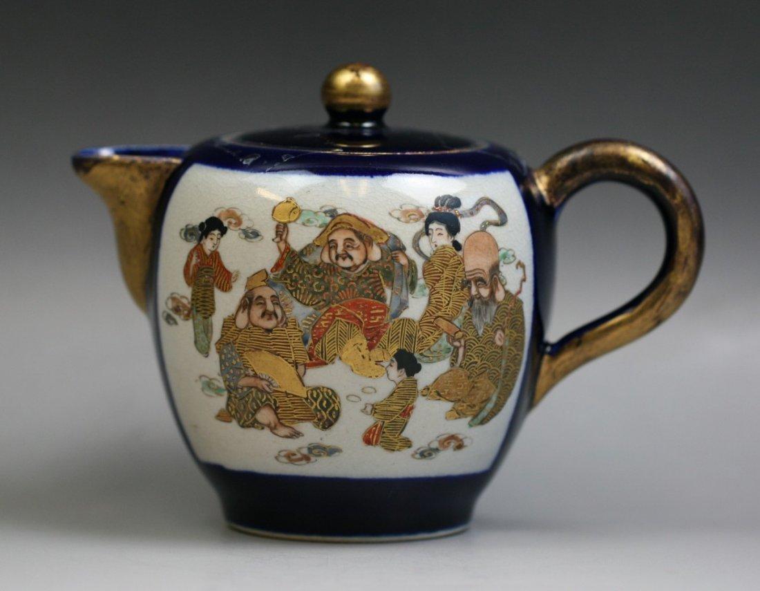 A Japanese Antique Satsuma Gilt Teapot